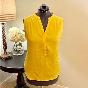 New York and Company Yellow Shell Size XL